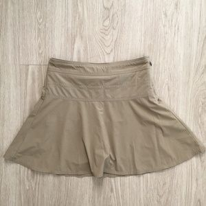 thleta Everyday Skort Workout Skirt Taupe Sz 4